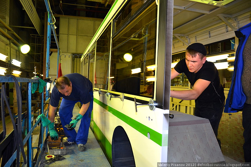http://dalnoboi.org/wp-content/uploads/2012/02/LIAZ_Likinskii_avtobusnyi_zavod_047.jpg
