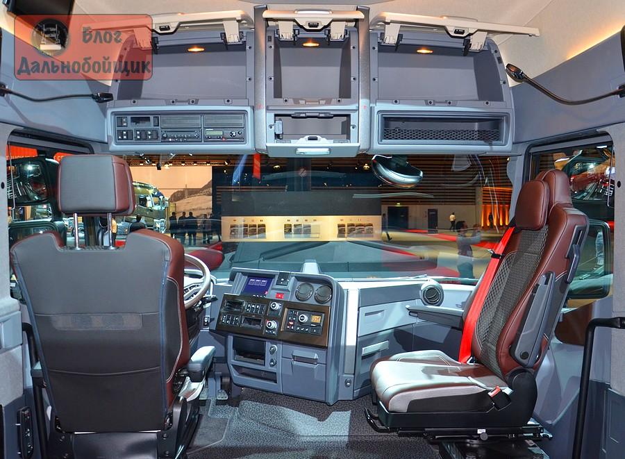 Новый грузовик Рено