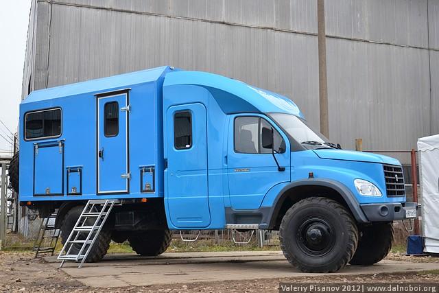 Вахтовый фургон ГАЗ-33081 «Тайга»