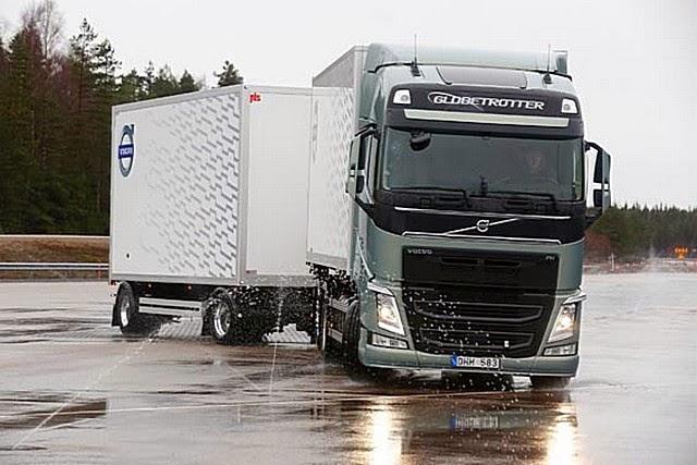 Volvo Trucks повышает безопасность движения