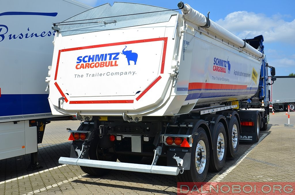 Schmitz_Cargobull_035