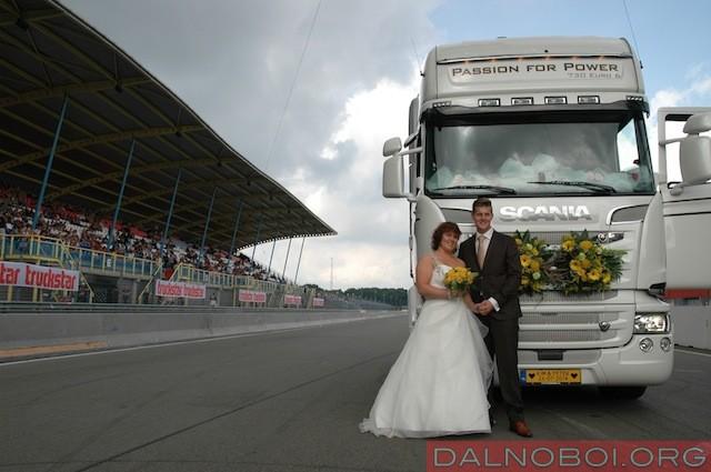 scania-svadba-na-kolesah1