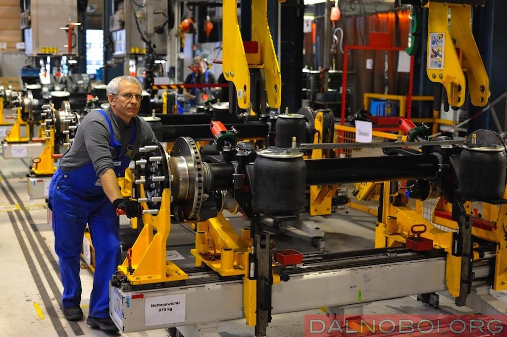 Schmitz_Cargobull_plant_007