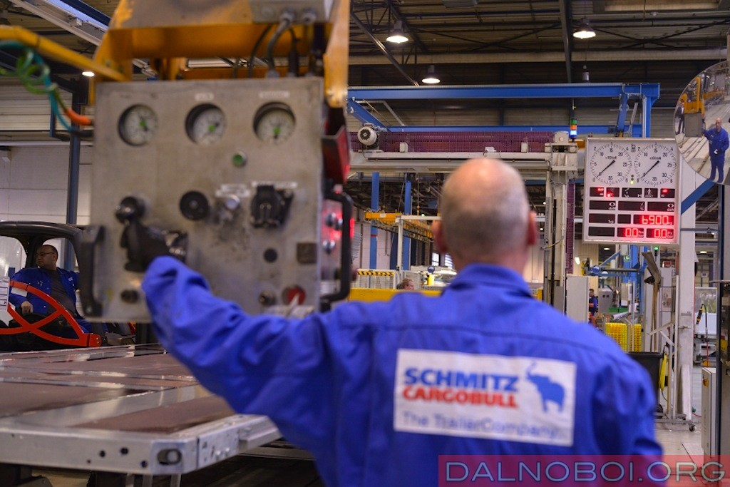 Schmitz_Cargobull_plant_016