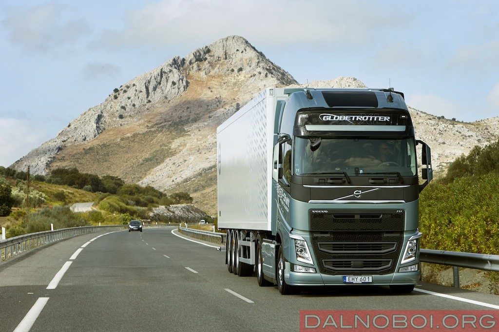 Volvo_FH_12_с_коробкой_I-Shift_Dual_Clutch_001