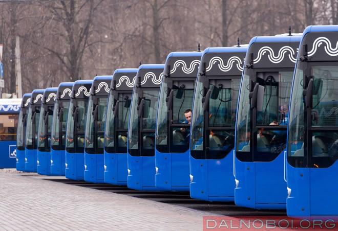 100 автобусов  Mercedes Conecto для Столицы_01