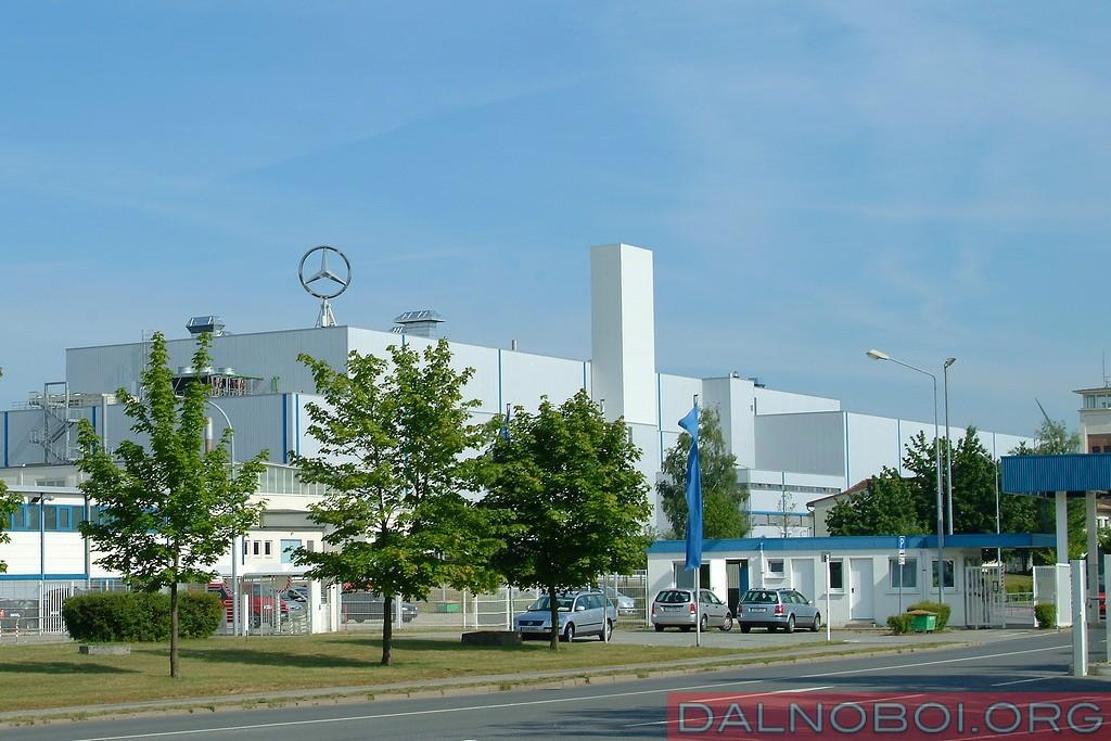 Завод_Mercedes-Benz_в_Людвигсфельде_002