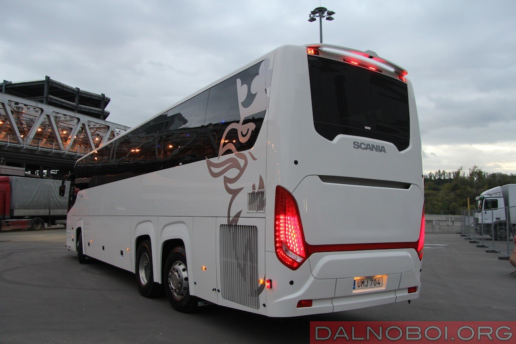 Scania_Touring_HD_008