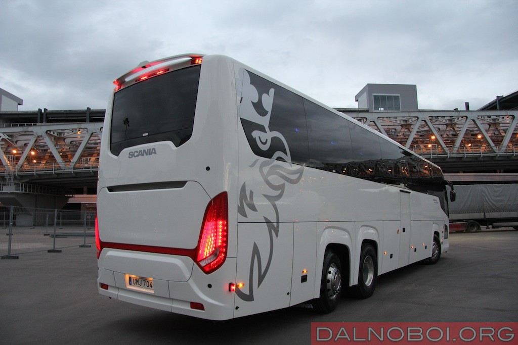 Scania_Touring_HD_009