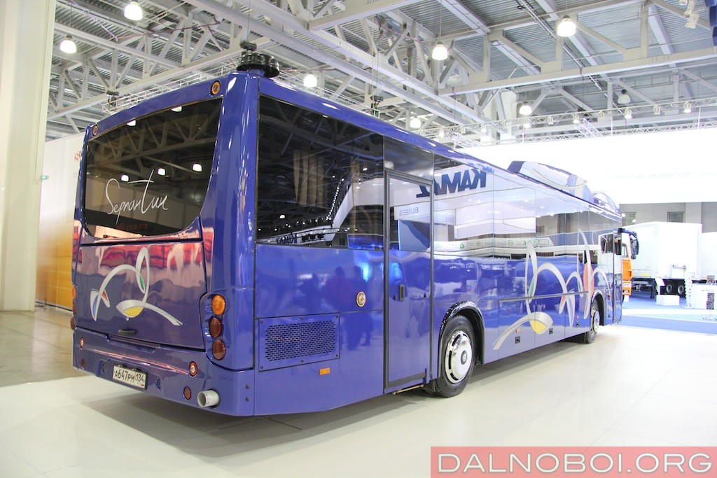 Volgabus-528512_CNG_004