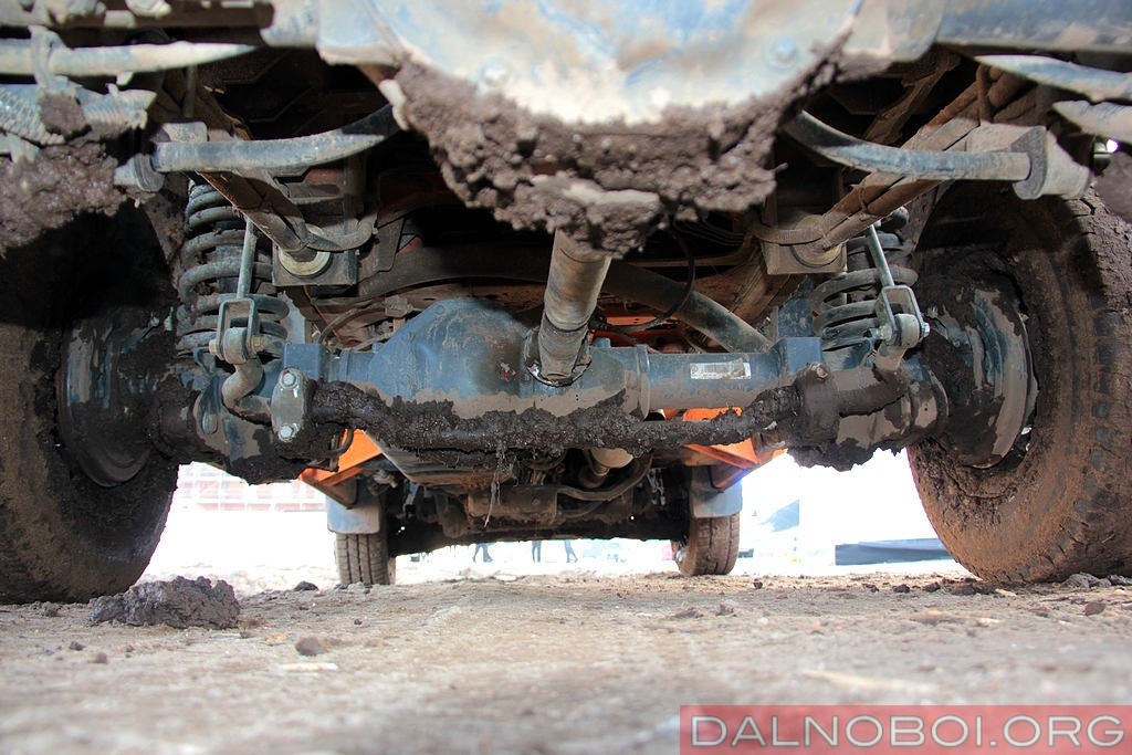 Mercedes-Benz_Sprinter_6x6_Oberaigner_013