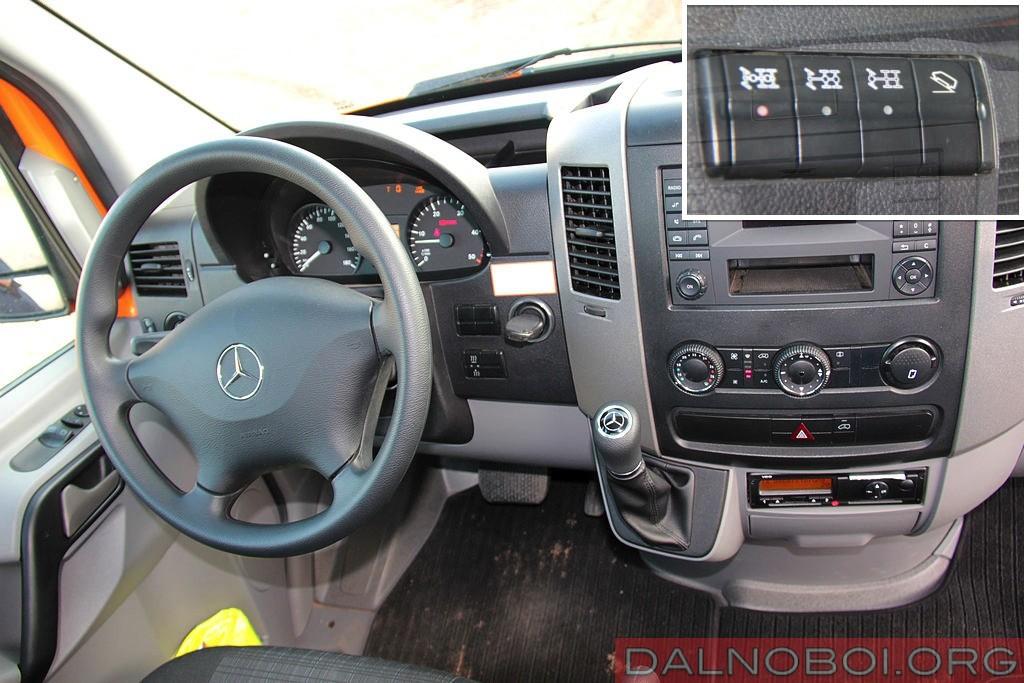 Mercedes-Benz_Sprinter_6x6_Oberaigner_026