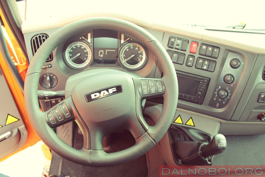 DAF-LF_Edition_Barselona_2016_002