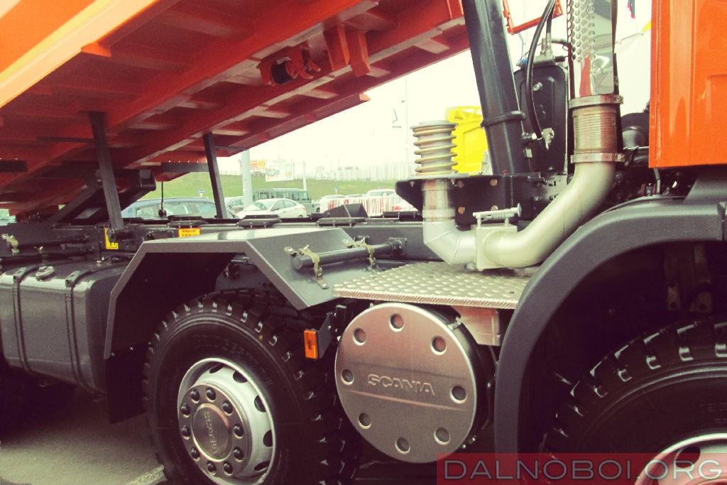 Scania_P440_CB8X4EHZ_кузов_для_скальных_пород_005
