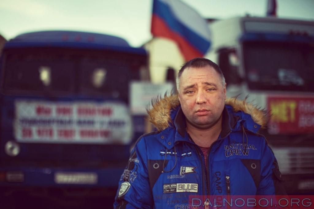 dalnobojshhiki-pokinuli-megu_andrey_bazhytin_003