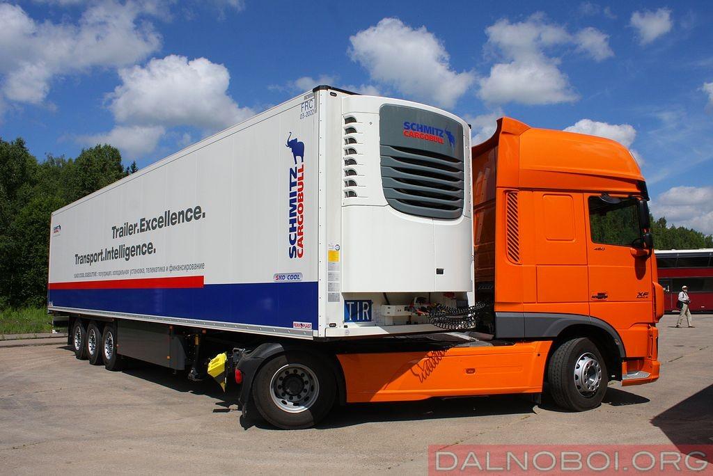 daf_trucks_schmitz_cargobull_004