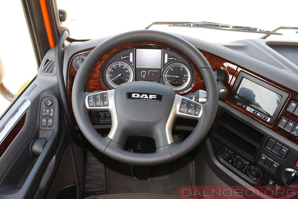 daf_trucks_schmitz_cargobull_012