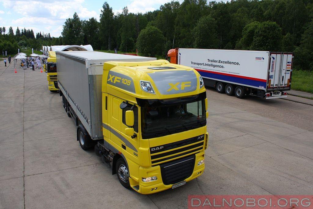 daf_trucks_schmitz_cargobull_018