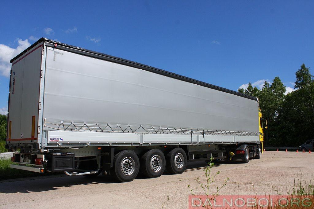 daf_trucks_schmitz_cargobull_033