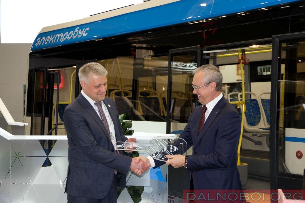 elektrobus-liaz_002