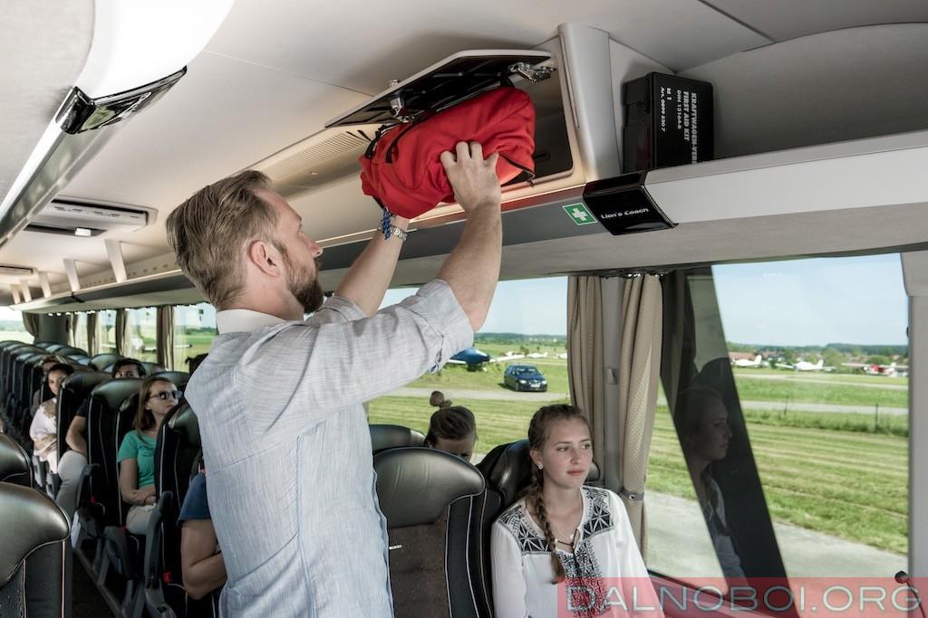 avtobusy-man-i-neoplan_008