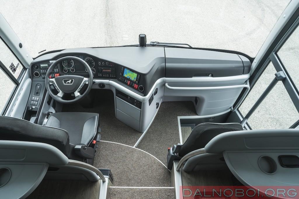 avtobusy-man-i-neoplan_010