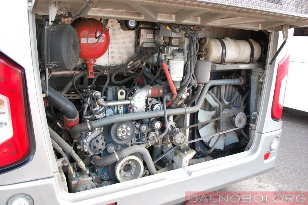 В случае, если КАвЗ-4270 доберется до серийного производства, то базовым для него станет «всегазовский» 4-цилиндровый турбодизель ЯМЗ-534 (на фото), а не газовая «шестерка» Cummins