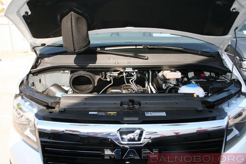 В моторном отсеке установлен двухлитровый 4-цилиндровый дизельный двигатель мощностью от 102 до 177 л.с.