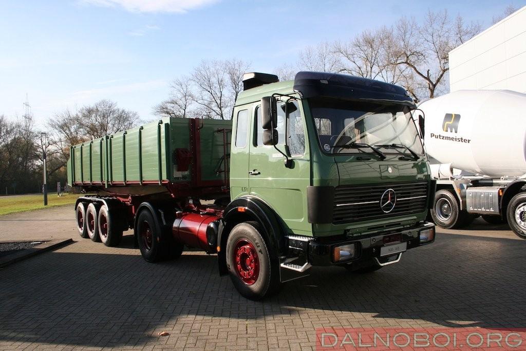 Седельный тягач Mercedes-Benz NG 1635 (4x2) комплектовали коробкой передач с электропневматическим включением.