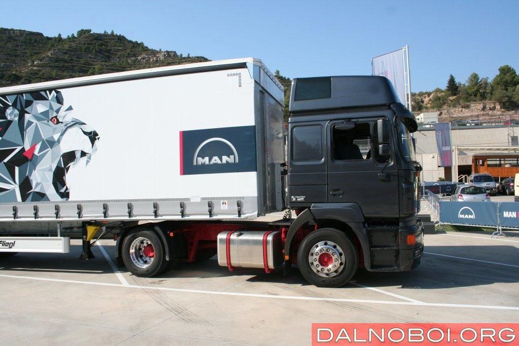 Самая большая кабина MAN F2000 имеет максимальную внутреннюю высоту 2,17 м.