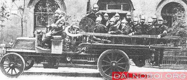 Первая пожарная машина Лесснера, Санкт-Петербург