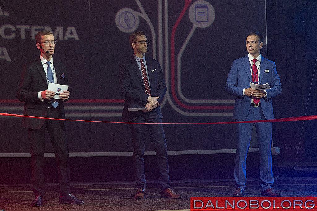 Слева направо: Войцех Ровински, Тубиас Лоренцон, Андрей Дмитриев